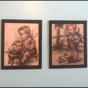 ✨ Vintage ✨ Pair of Children Picture Frames